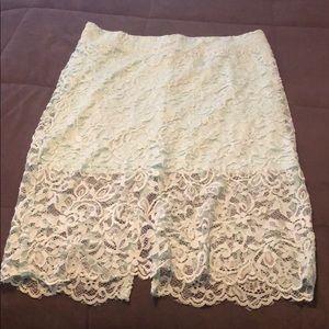 New never worn h&m mint pencil skirt